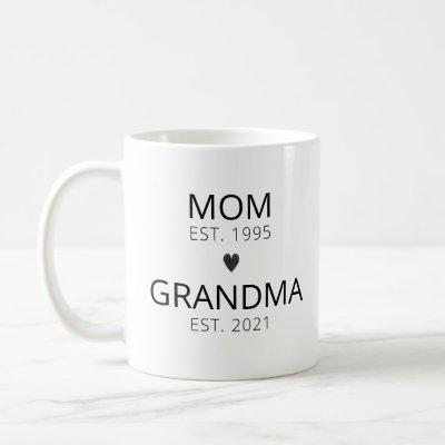 Personalized New Grandma Announcement  Coffee Mug