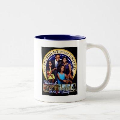 PRESIDENT BARACK OBAMA AND FAMILY Two-Tone COFFEE MUG