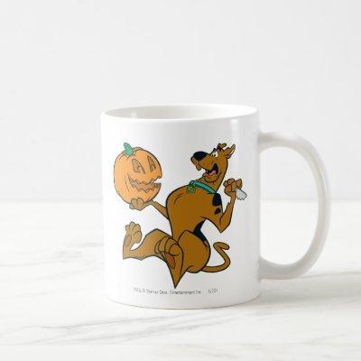 Scooby-Doo Carving Pumpkin Coffee Mug
